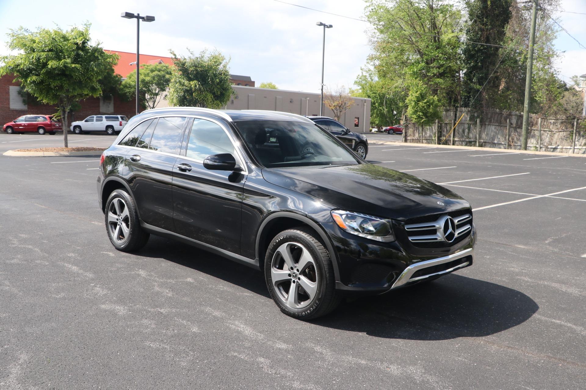 Used 2019 Mercedes-Benz GLC 300 PREMIUM W/NAV for sale Sold at Auto Collection in Murfreesboro TN 37130 1