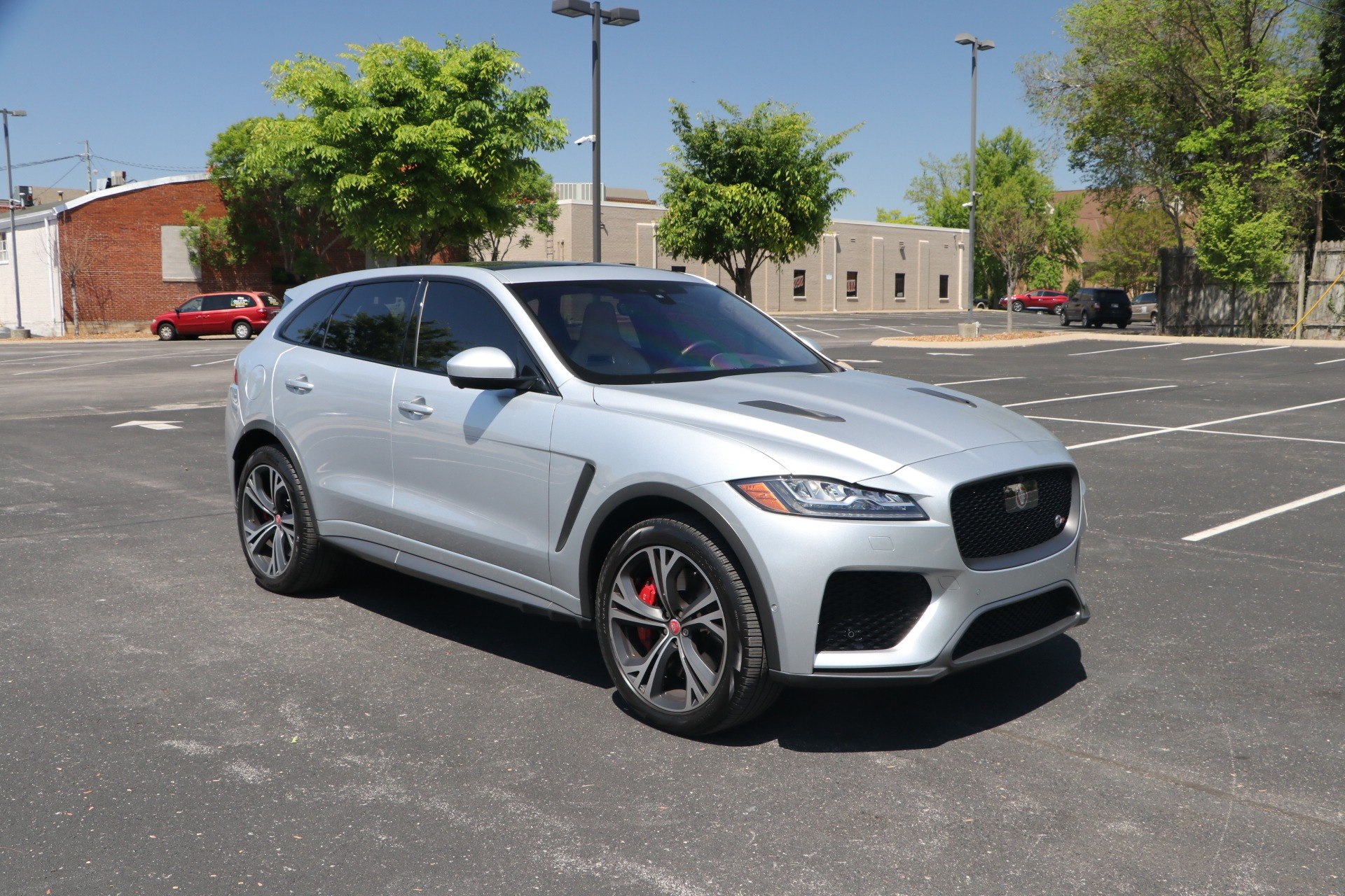 Used 2020 Jaguar F-PACE SVR LUXURY AWD W/NAV for sale Sold at Auto Collection in Murfreesboro TN 37130 1