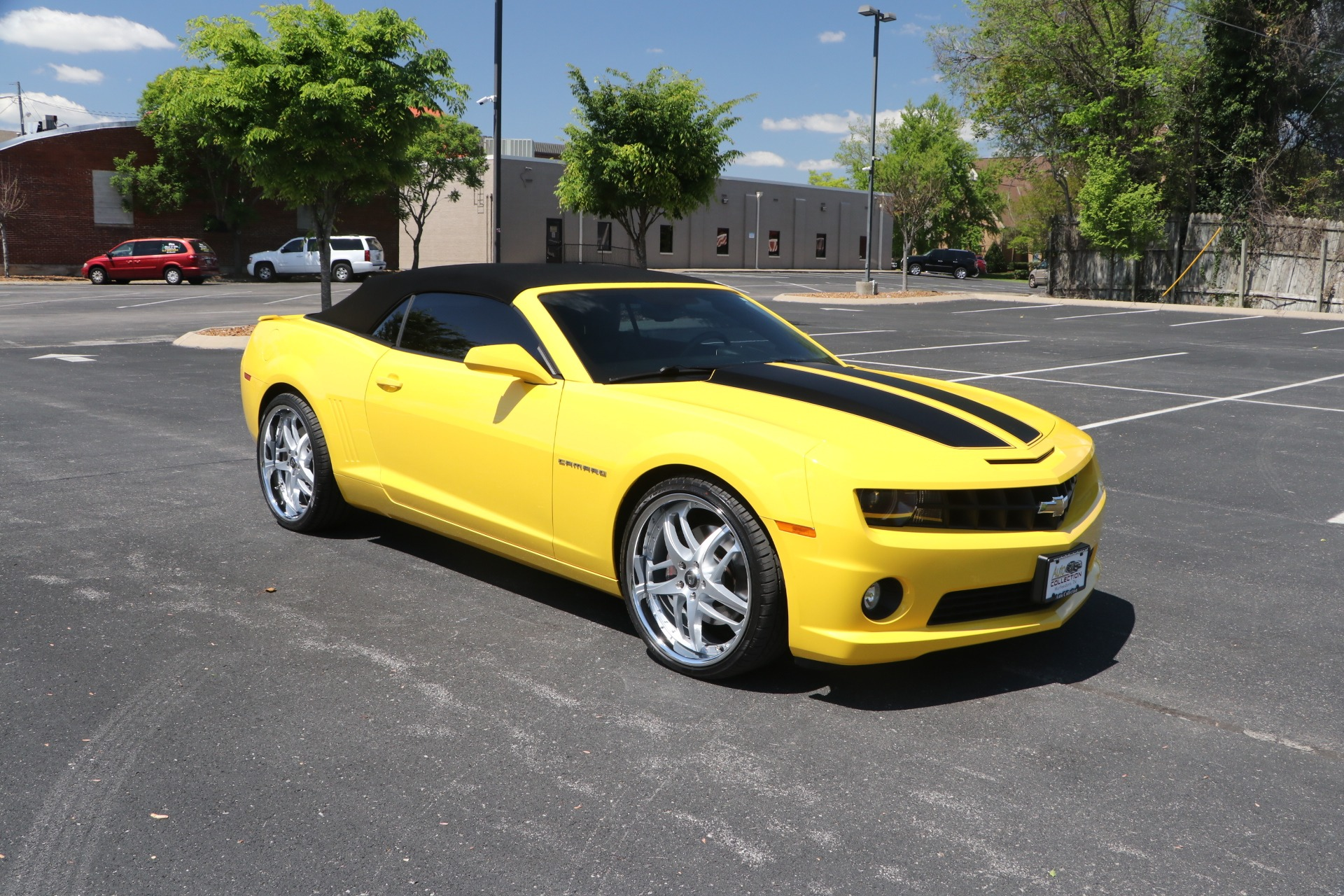 Used 2011 Chevrolet Camaro 2SS CONVERTIBLE w/NAV for sale Sold at Auto Collection in Murfreesboro TN 37130 1