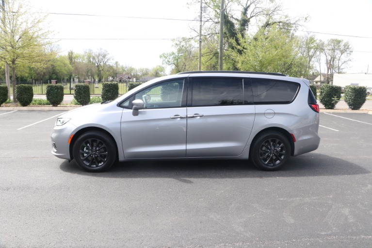 Used 2021 Chrysler Pacifica TOURING L FWD W/NAV for sale Sold at Auto Collection in Murfreesboro TN 37130 7