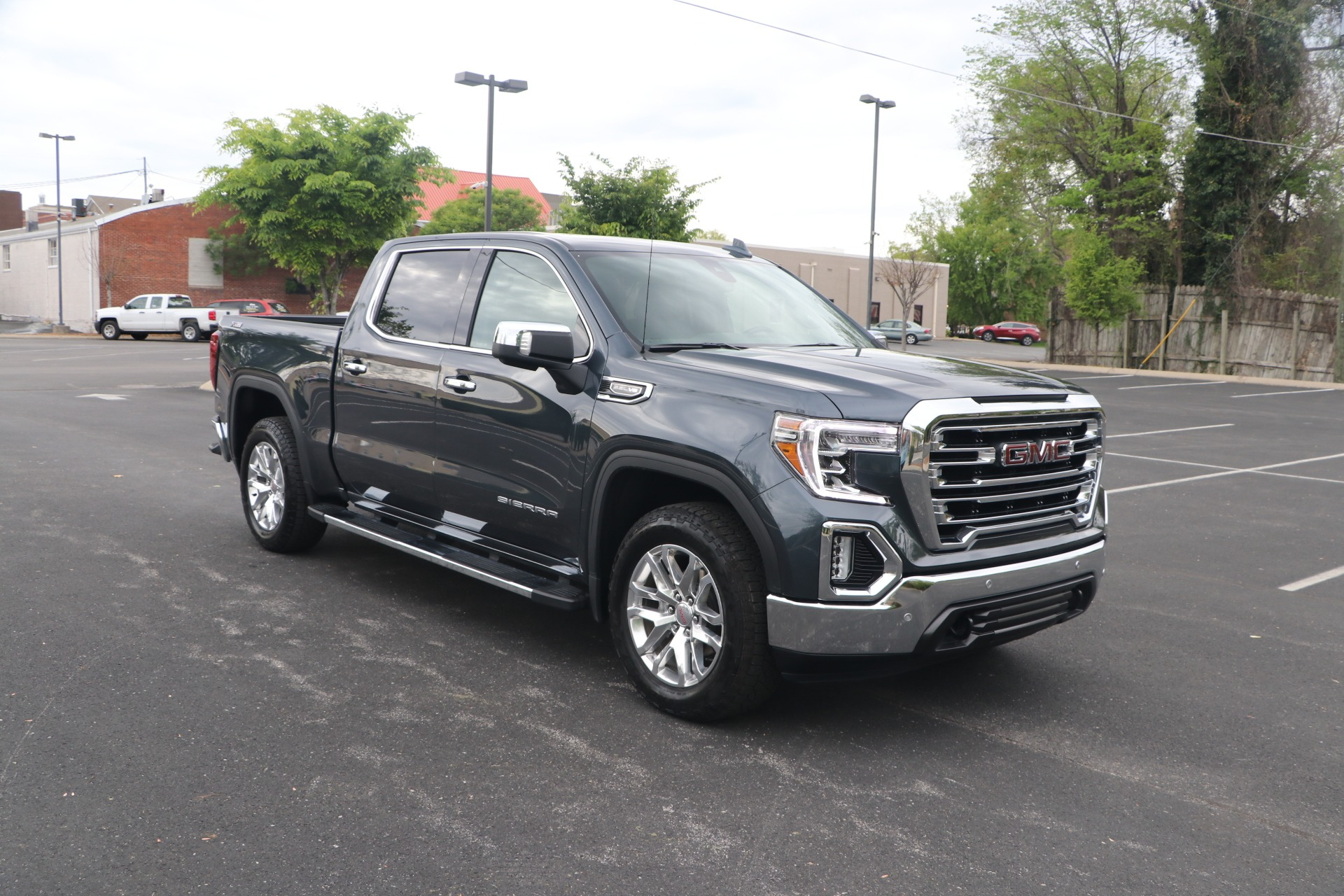 Used 2021 GMC Sierra 1500 SLT 4WD CREW CAB W/NAV for sale Sold at Auto Collection in Murfreesboro TN 37130 1
