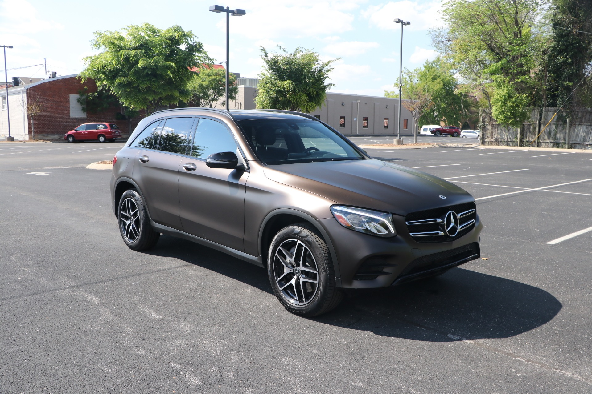 Used 2018 Mercedes-Benz GLC 300 4MATIC AMG LINE PREMIUM W/NAV for sale $35,950 at Auto Collection in Murfreesboro TN 37130 1