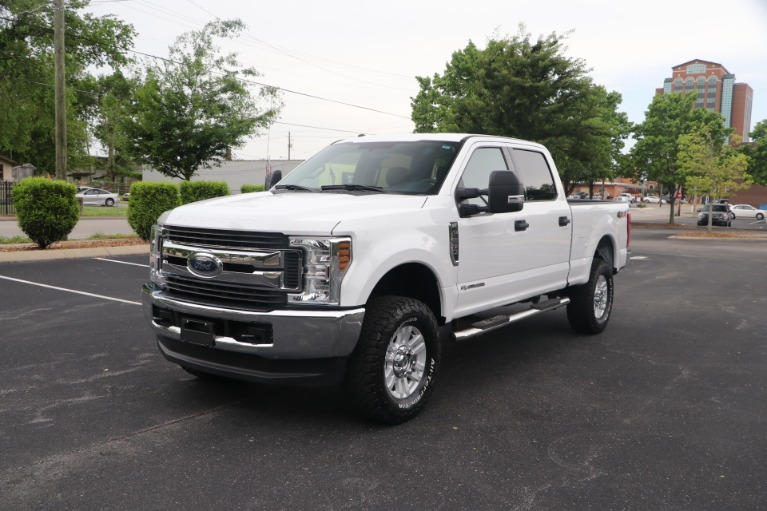 Used 2018 Ford F-250 SD SD XLT CREW CAB 4WD for sale Sold at Auto Collection in Murfreesboro TN 37130 2