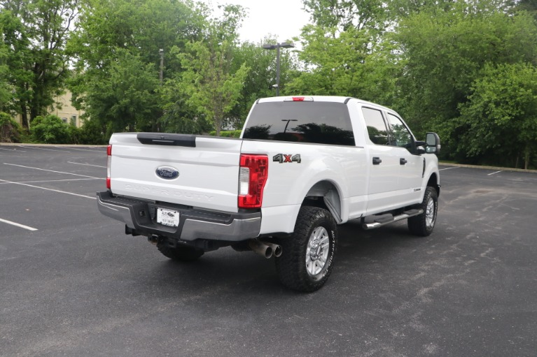 Used 2018 Ford F-250 SD SD XLT CREW CAB 4WD for sale Sold at Auto Collection in Murfreesboro TN 37130 3