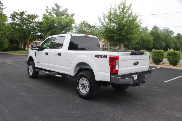 Used 2018 Ford F-250 SD SD XLT CREW CAB 4WD for sale Sold at Auto Collection in Murfreesboro TN 37130 4