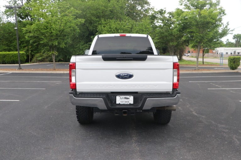 Used 2018 Ford F-250 SD SD XLT CREW CAB 4WD for sale Sold at Auto Collection in Murfreesboro TN 37130 6