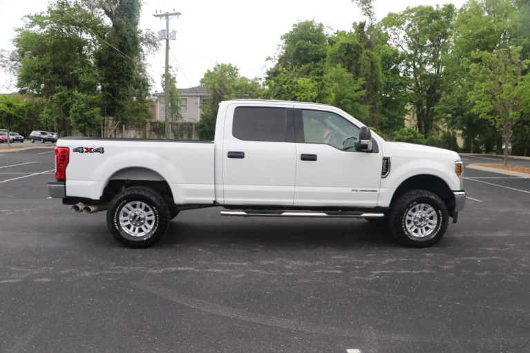 Used 2018 Ford F-250 SD SD XLT CREW CAB 4WD for sale Sold at Auto Collection in Murfreesboro TN 37130 8