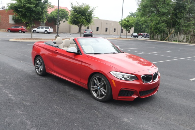 Used 2016 BMW M235i CONVERTIBLE TECHNOLOGY RWD W/NAV for sale $35,950 at Auto Collection in Murfreesboro TN 37130 2