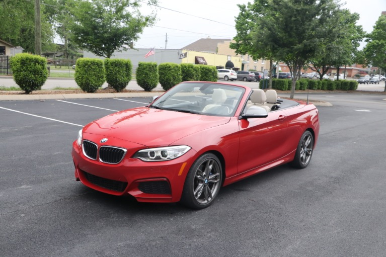 Used 2016 BMW M235i CONVERTIBLE TECHNOLOGY RWD W/NAV for sale $35,950 at Auto Collection in Murfreesboro TN 37130 4