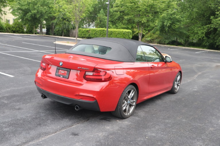 Used 2016 BMW M235i CONVERTIBLE TECHNOLOGY RWD W/NAV for sale $35,950 at Auto Collection in Murfreesboro TN 37130 5
