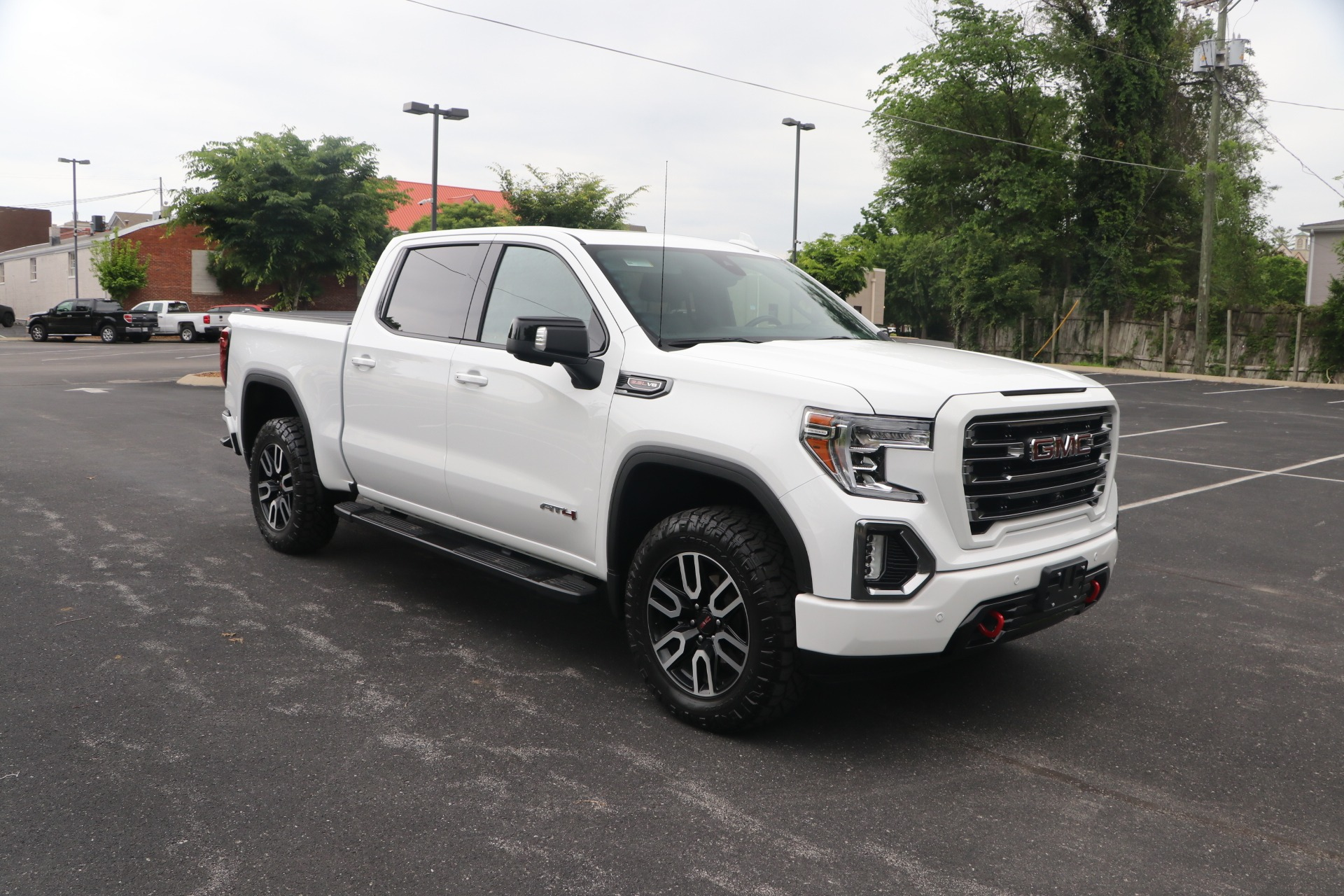 Used 2020 GMC Sierra 1500 SIERRA 1500 AT4 PREMIEUM CREW CAB 4WD W/NAV for sale $65,950 at Auto Collection in Murfreesboro TN 37130 1