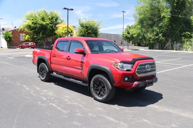 Used Used 2016 Toyota Tacoma TRD OFF ROAD 4X4 DOUBLE CAB for sale $32,950 at Auto Collection in Murfreesboro TN