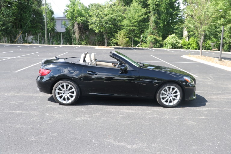 Used 2017 Mercedes-Benz SLC 300 Convertible W/NAV for sale $36,950 at Auto Collection in Murfreesboro TN 37130 8