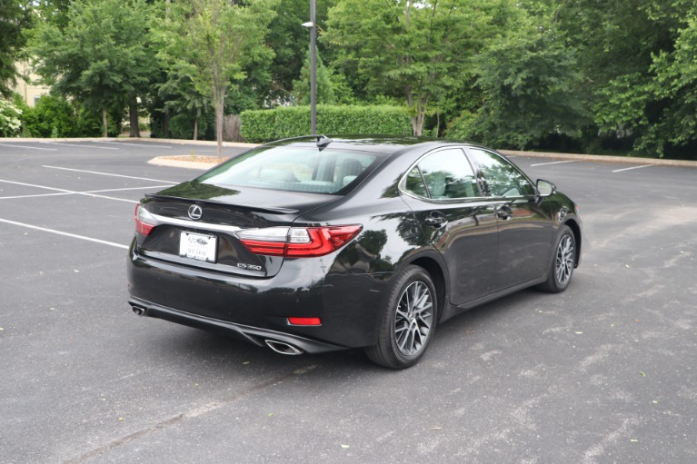 Used 2018 Lexus ES 350 Luxury FWD W/NAV for sale $33,950 at Auto Collection in Murfreesboro TN 37130 3