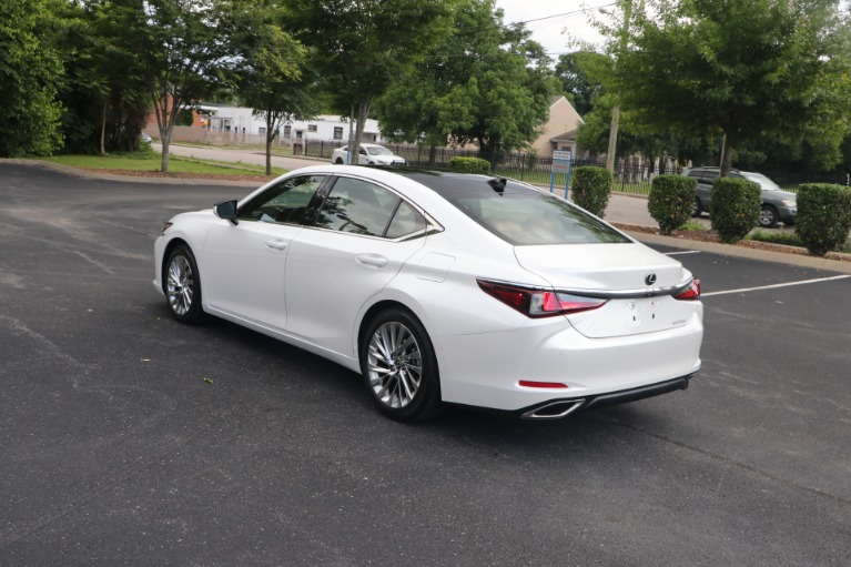 Used 2020 Lexus ES 350 Luxury FWD W/NAV for sale Sold at Auto Collection in Murfreesboro TN 37130 4