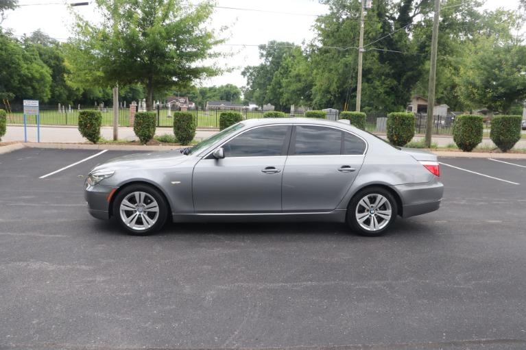 Used 2009 BMW 528i PREMIUM RWD W/SUNROOF for sale $8,650 at Auto Collection in Murfreesboro TN 37130 7