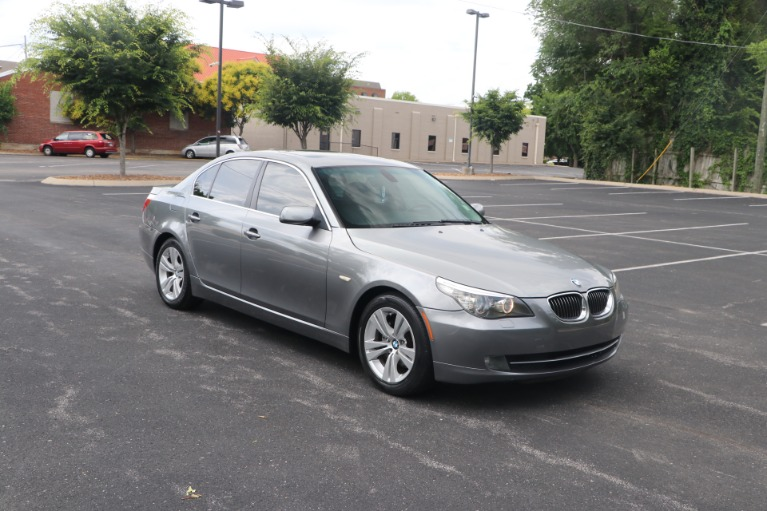 Used Used 2009 BMW 528i PREMIUM RWD W/SUNROOF for sale $8,650 at Auto Collection in Murfreesboro TN
