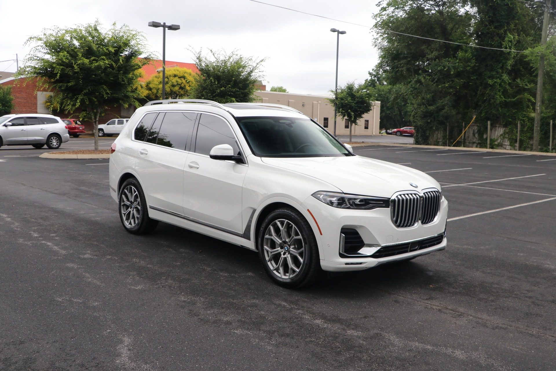 Used 2019 BMW X7 XDRIVE50I SPORT ACTIVITY W/NAV for sale $89,950 at Auto Collection in Murfreesboro TN 37130 1