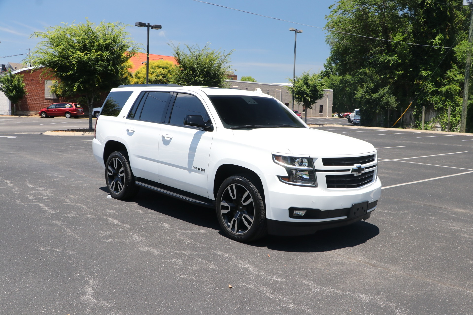 Used 2019 Chevrolet Tahoe LT LUXURY RST EDITION 4WD W/NAV for sale $58,950 at Auto Collection in Murfreesboro TN 37130 1