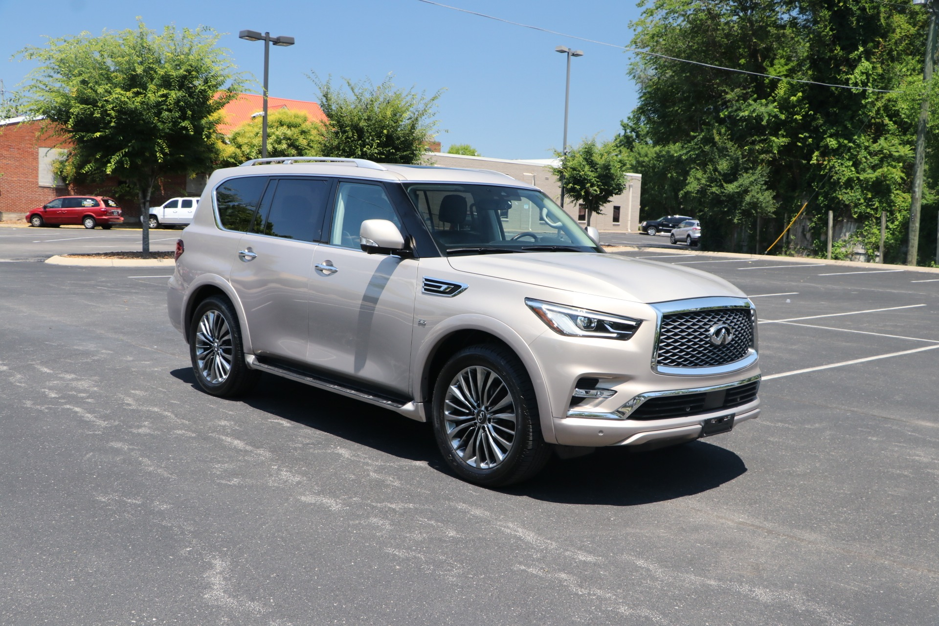 Used 2018 infiniti QX80 AWD DRIVER ASSISTANCE PKG W/NAV for sale $55,818 at Auto Collection in Murfreesboro TN 37130 1