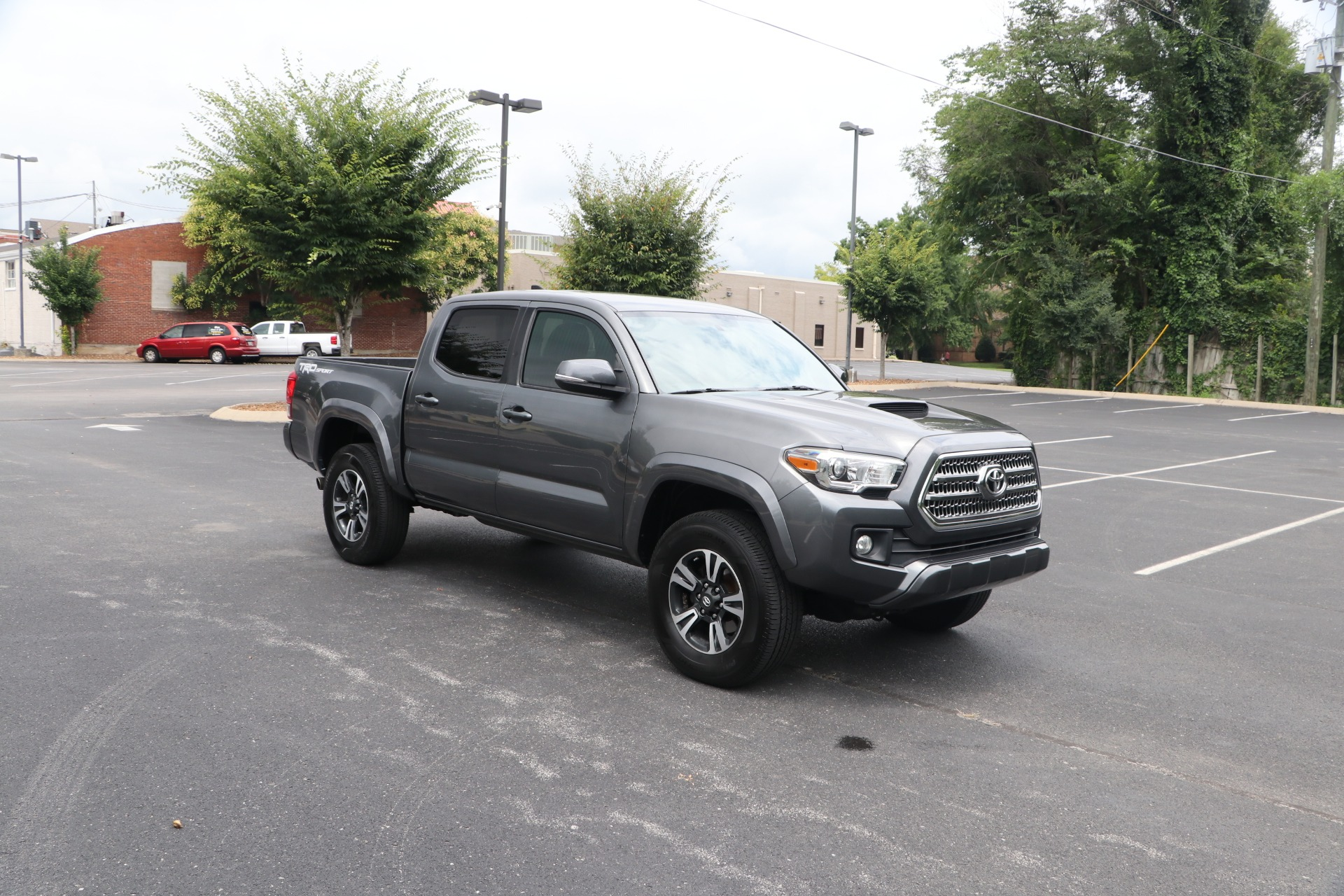 Used 2016 Toyota Tacoma TRD SPORT 4X2 for sale $26,950 at Auto Collection in Murfreesboro TN 37130 1