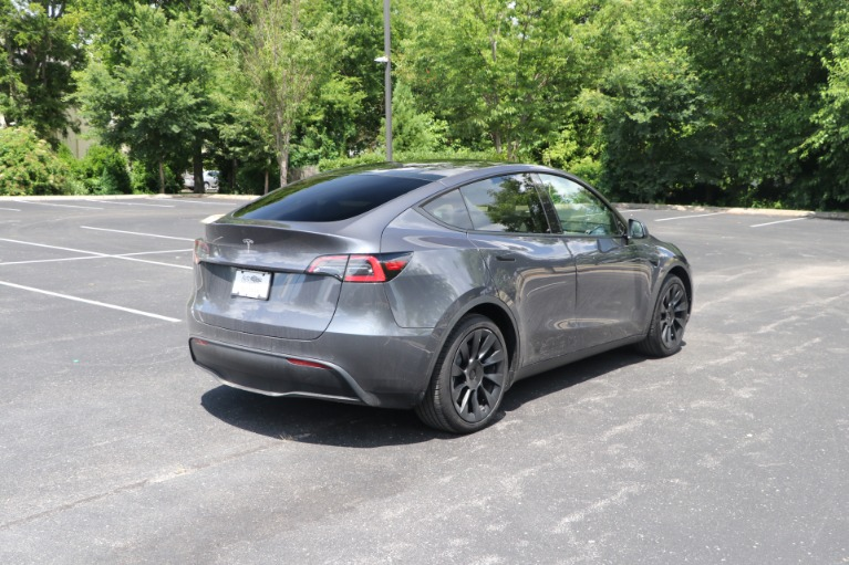 Used 2021 Tesla Model Y STANDARD RANGE W/AUTOPILOT for sale Sold at Auto Collection in Murfreesboro TN 37130 3