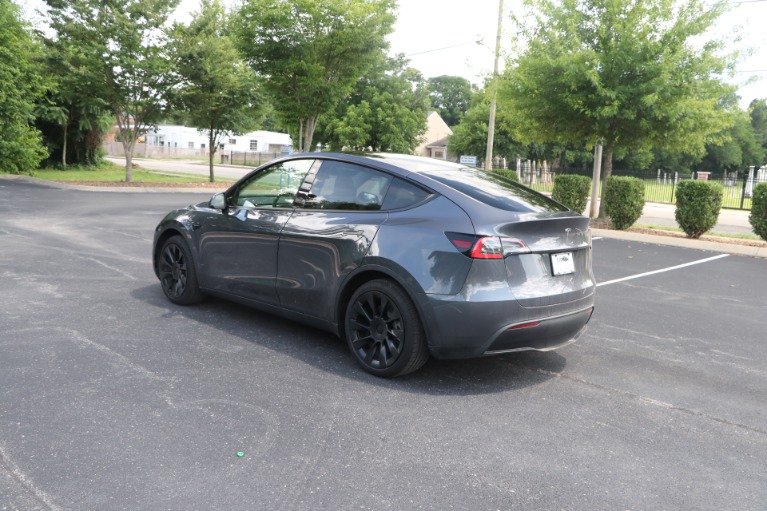 Used 2021 Tesla Model Y STANDARD RANGE W/AUTOPILOT for sale Sold at Auto Collection in Murfreesboro TN 37130 4