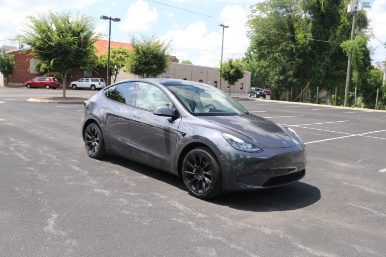 Used 2021 Tesla Model Y STANDARD RANGE W/AUTOPILOT for sale Sold at Auto Collection in Murfreesboro TN 37130 1