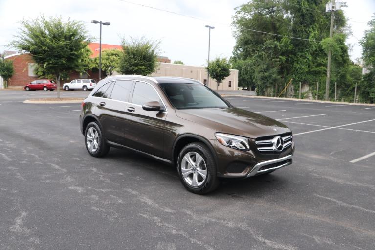 Used 2018 Mercedes-Benz GLC 300 PREMIUM RWD W/NAV for sale $36,950 at Auto Collection in Murfreesboro TN 37130 1