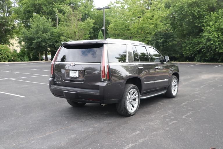 Used 2017 Cadillac Escalade Luxury RWD W/NAV for sale $54,950 at Auto Collection in Murfreesboro TN 37130 3