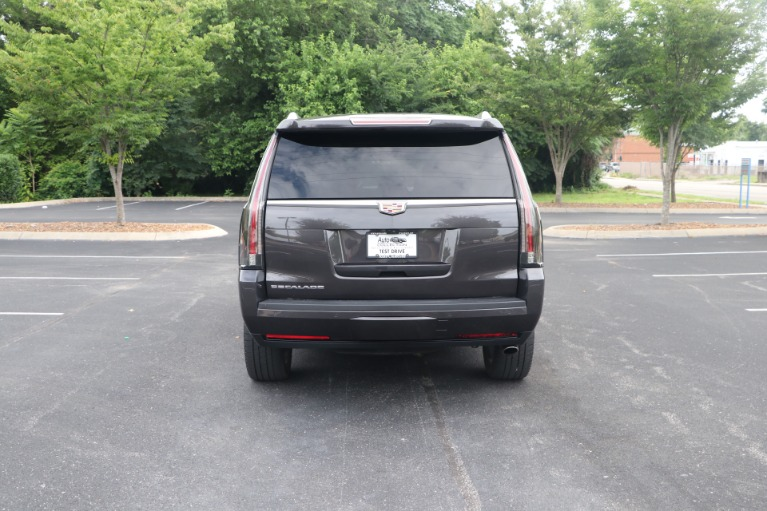 Used 2017 Cadillac Escalade Luxury RWD W/NAV for sale $54,950 at Auto Collection in Murfreesboro TN 37130 6