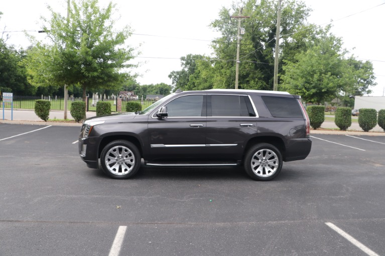 Used 2017 Cadillac Escalade Luxury RWD W/NAV for sale $54,950 at Auto Collection in Murfreesboro TN 37130 7