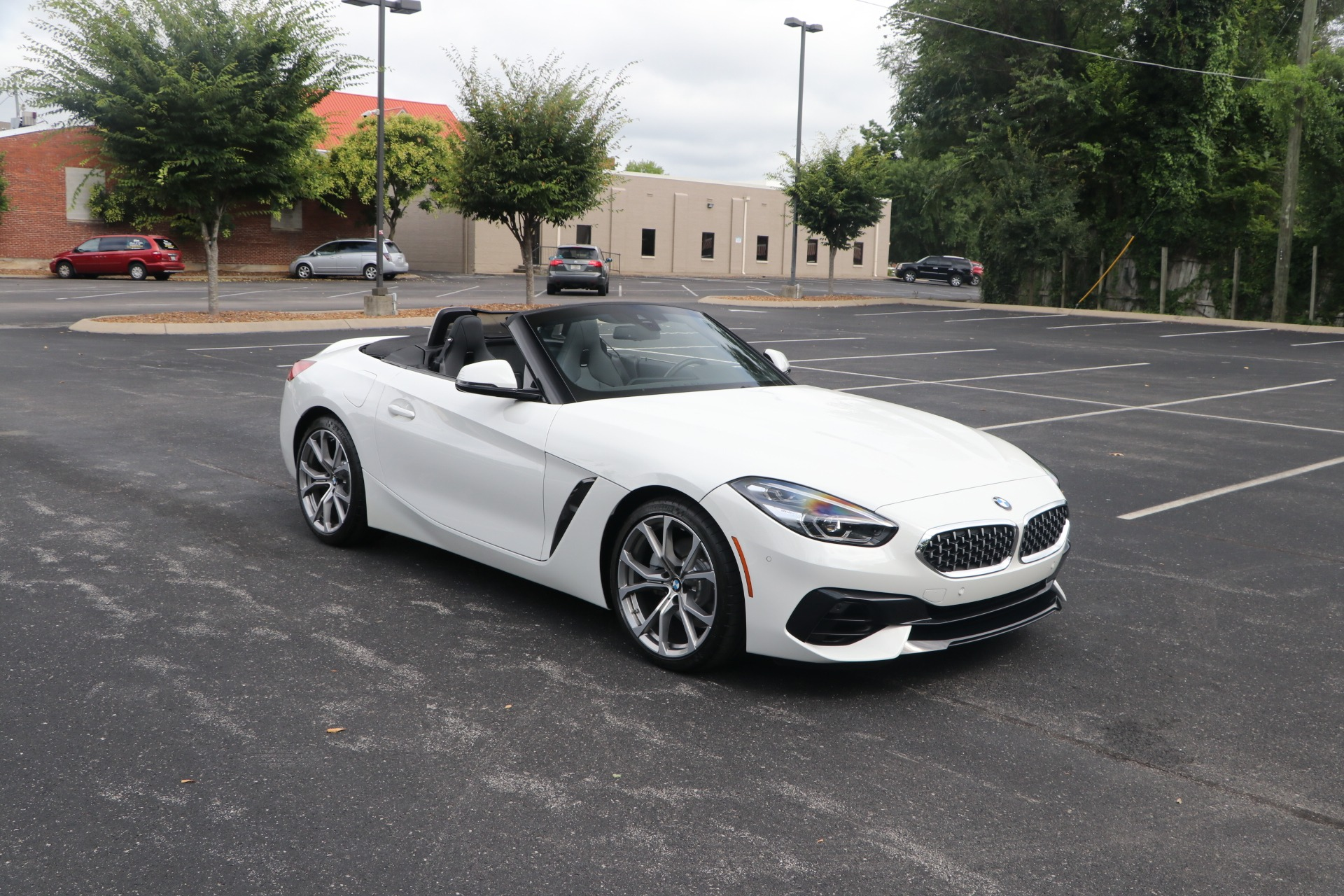 Used 2020 BMW Z4 SDRIVE30I ROADSTER PREMIUM RWD W/NAV for sale $54,950 at Auto Collection in Murfreesboro TN 37130 1