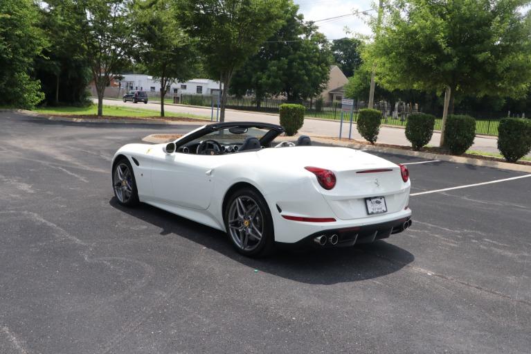 Used 2015 Ferrari California T Convertible RWD W/NAV for sale $152,950 at Auto Collection in Murfreesboro TN 37130 4