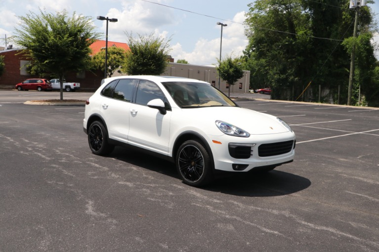 Used 2016 Porsche Cayenne S AWD W/NAV for sale $46,950 at Auto Collection in Murfreesboro TN 37130 1