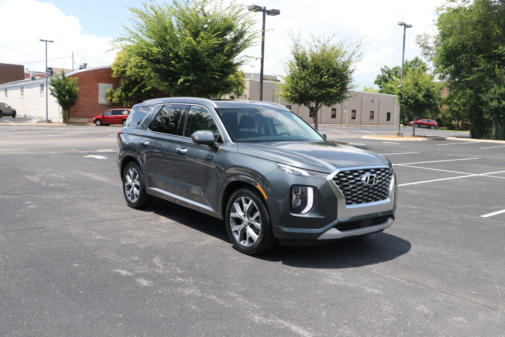 Used 2021 Hyundai Palisade Limited  FWD W/NAV for sale $52,950 at Auto Collection in Murfreesboro TN 37130 1
