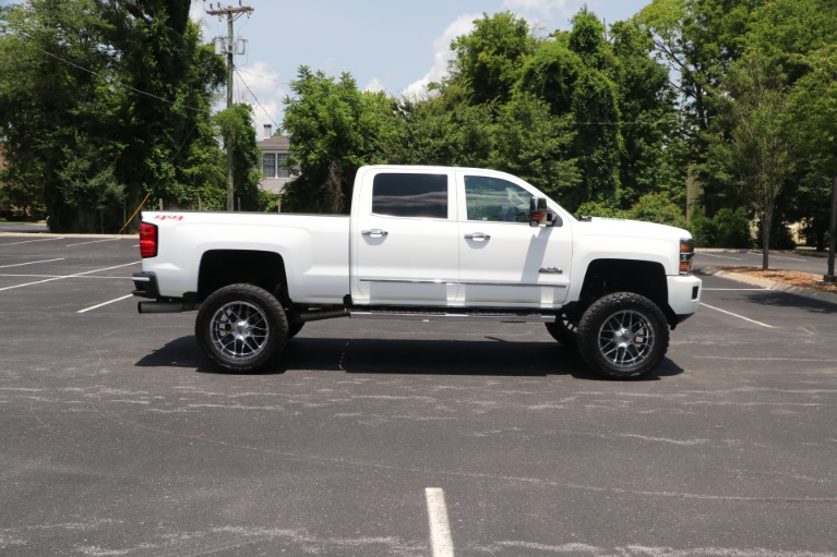 Used 2016 Chevrolet Silverado 2500HD High Country 153.7 CREW CAB 4WD W/NAV for sale Sold at Auto Collection in Murfreesboro TN 37130 8