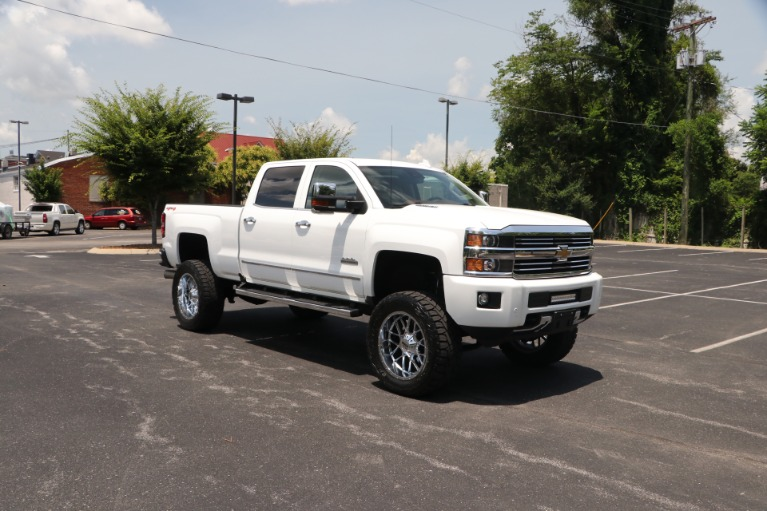 Used 2016 Chevrolet Silverado 2500HD High Country 153.7 CREW CAB 4WD W/NAV for sale Sold at Auto Collection in Murfreesboro TN 37130 1