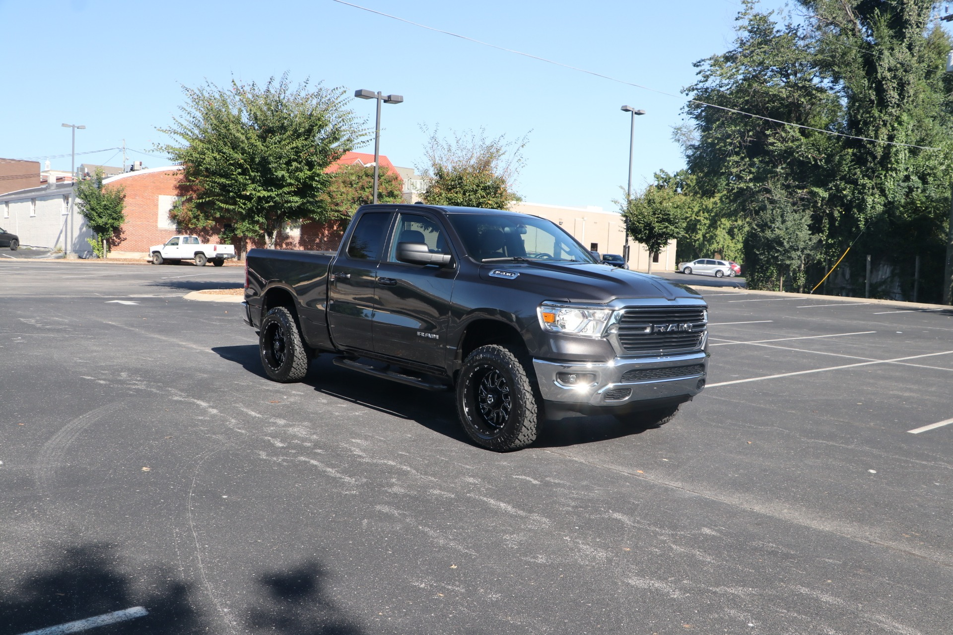 Used 2021 Ram Ram Pickup 1500 Big Horn EXTENDED CAB 4X2 for sale $42,950 at Auto Collection in Murfreesboro TN 37130 1