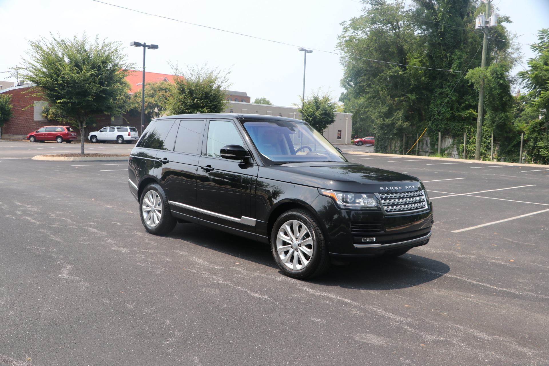 Used 2016 Land Rover Range Rover HSE TD6 VISION ASSIST PACK W/NAV for sale Sold at Auto Collection in Murfreesboro TN 37130 1