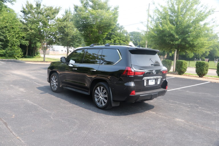 Used 2017 Lexus LX 570 LUXURY AWD W/NAV TV/DVD for sale $70,950 at Auto Collection in Murfreesboro TN 37130 4