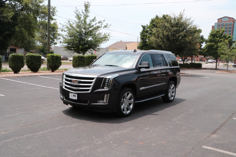 Used 2017 Cadillac Escalade Luxury 4WD W/REAR ENTERTAINMENT SYSTEM for sale Sold at Auto Collection in Murfreesboro TN 37130 2