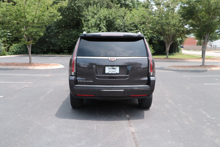 Used 2017 Cadillac Escalade Luxury 4WD W/REAR ENTERTAINMENT SYSTEM for sale Sold at Auto Collection in Murfreesboro TN 37130 6