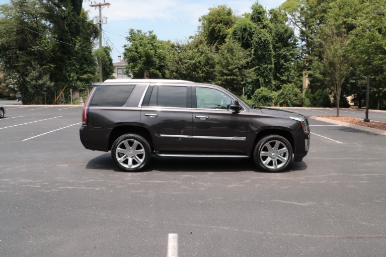 Used 2017 Cadillac Escalade Luxury 4WD W/REAR ENTERTAINMENT SYSTEM for sale Sold at Auto Collection in Murfreesboro TN 37130 8