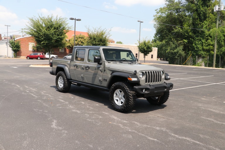 Used Used 2020 Jeep Gladiator Sport 4X4 for sale $39,950 at Auto Collection in Murfreesboro TN