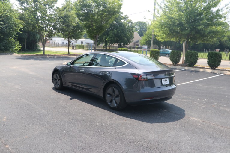 Used 2019 Tesla Model 3 Mid Range RWD W/NAV for sale Sold at Auto Collection in Murfreesboro TN 37130 4