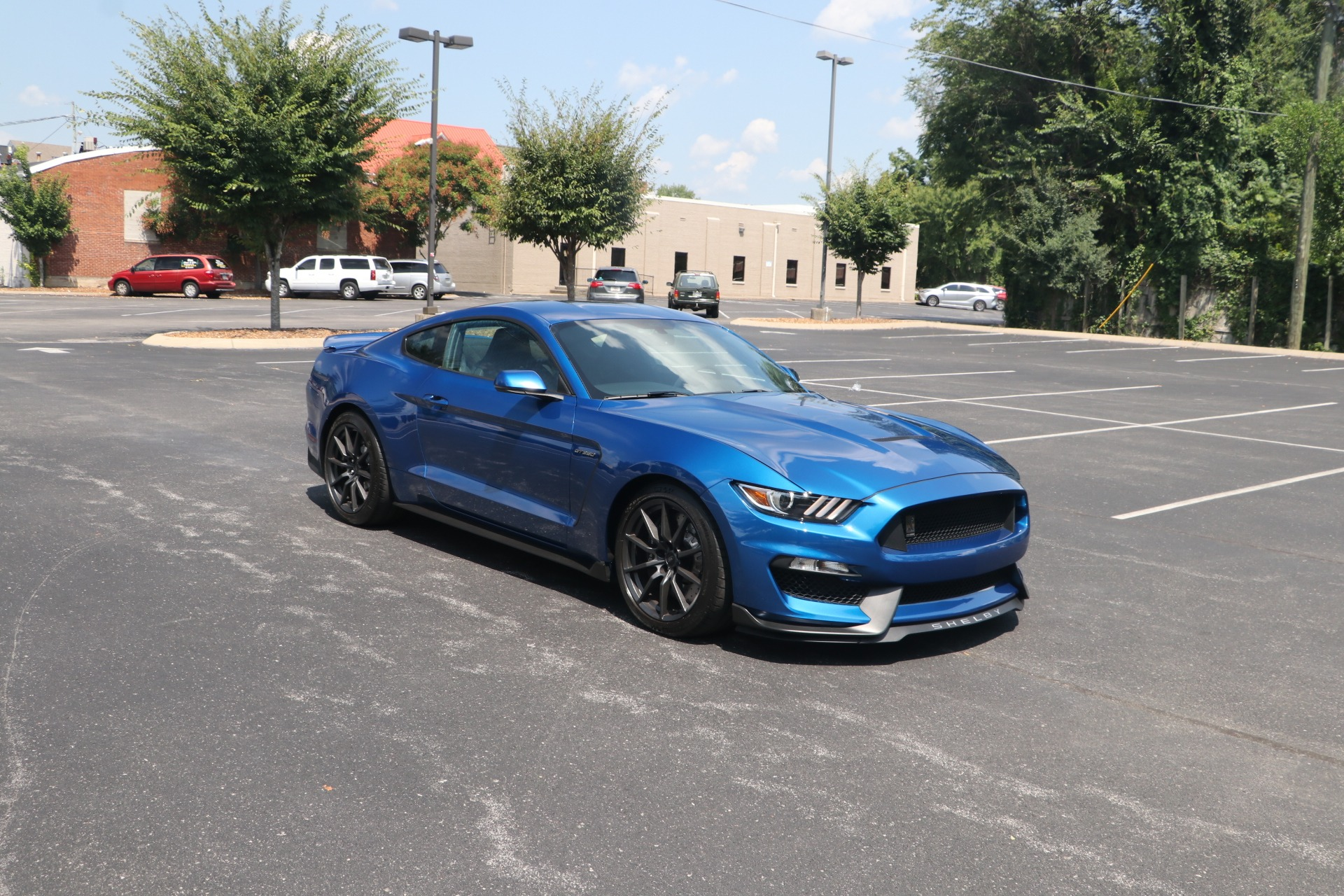 Used 2017 Ford Shelby GT350 GT350 SUPERCHARGED 790WHP 910CHP W/NAV for sale $68,500 at Auto Collection in Murfreesboro TN 37130 1