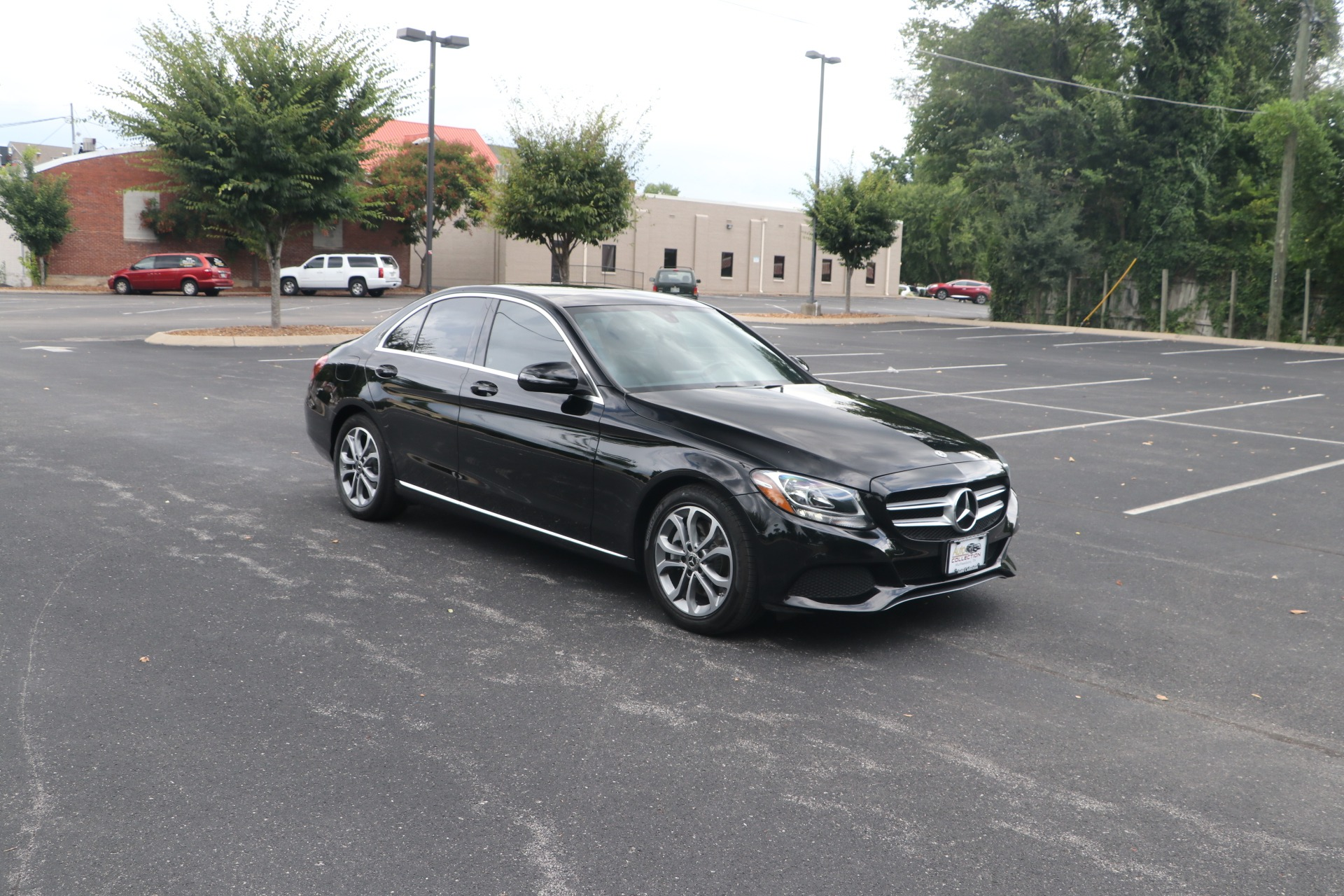 Used 2018 Mercedes-Benz C300 RWD PANORAMIC ROOF W/NAV for sale $31,950 at Auto Collection in Murfreesboro TN 37130 1