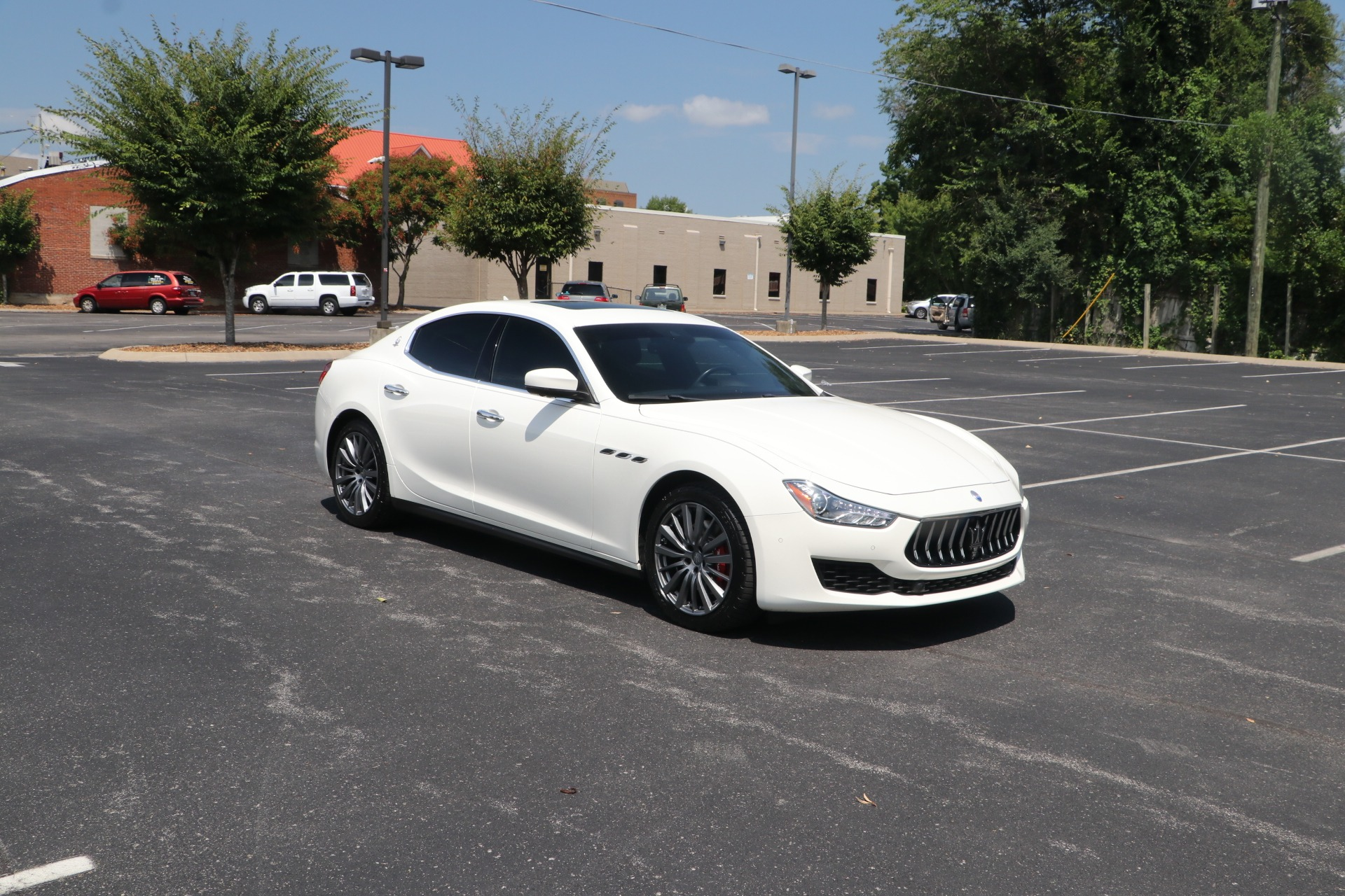 Used 2018 Maserati Ghibli RWD W/DRIVER ASSISTANCE PACKAGE for sale $38,500 at Auto Collection in Murfreesboro TN 37130 1
