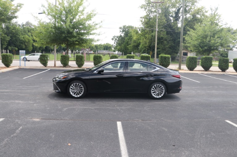 Used 2019 Lexus ES 350 Luxury FWD W/NAV for sale Sold at Auto Collection in Murfreesboro TN 37130 7